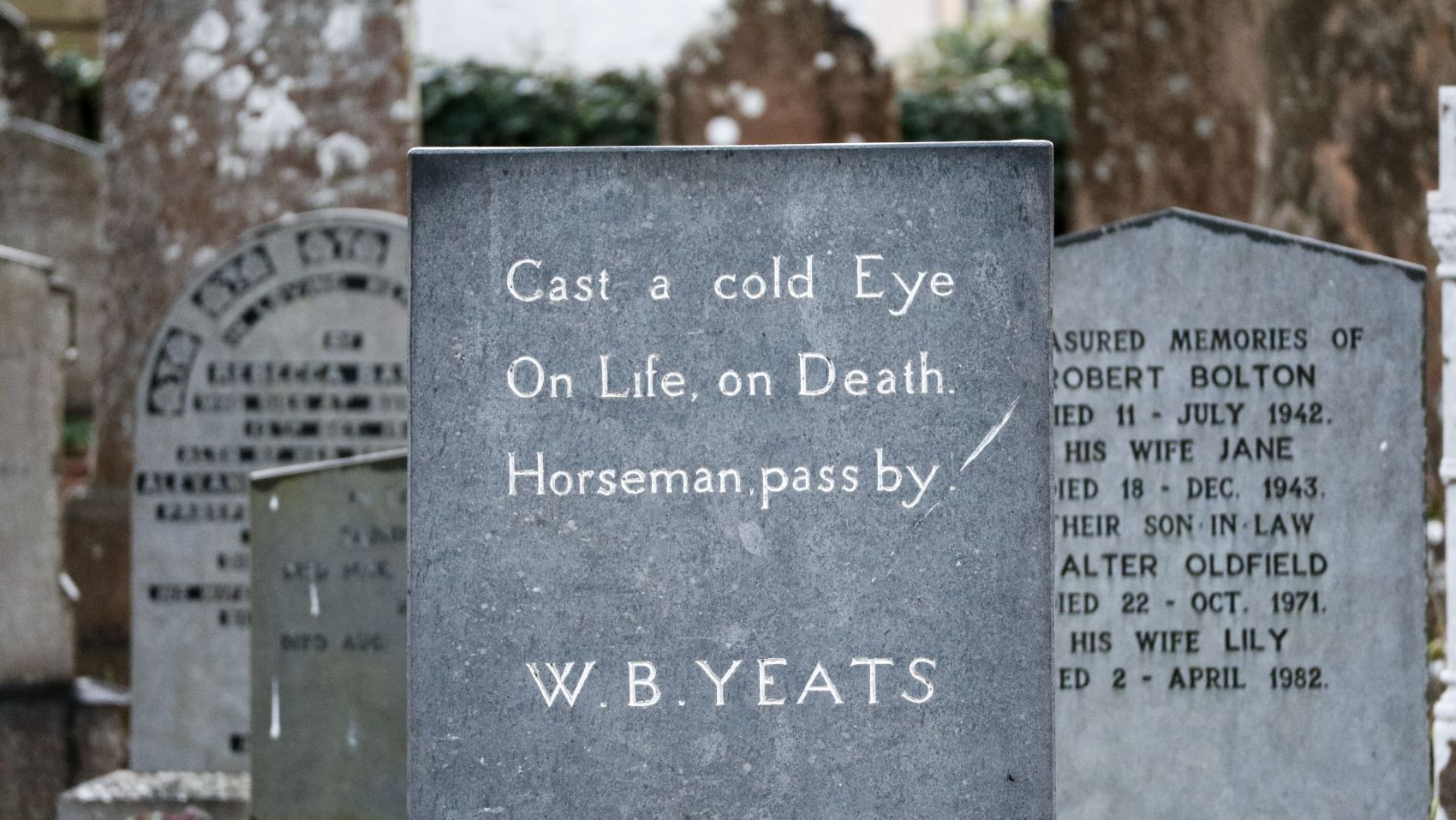 Should You Engrave a Personal Epitaph?